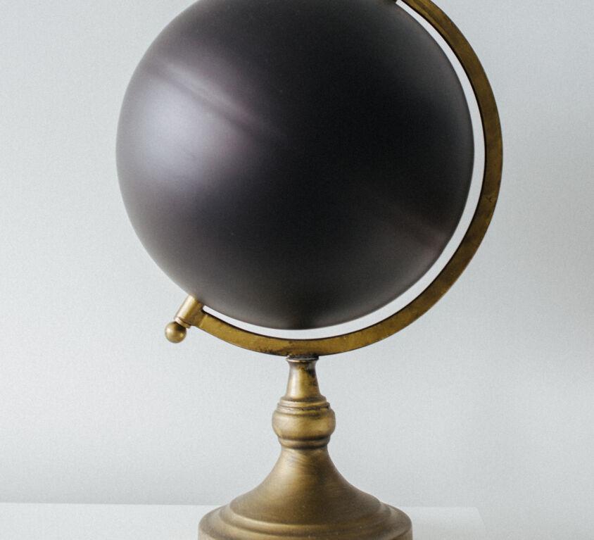 Graphic design stylish globe (Demo)
